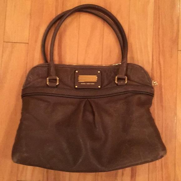 72c3adb019 DESIGNER Marc Jacobs tote style handbag. M 5b919bdb5a9d21c28598c155